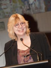 Dr Sarah Winch