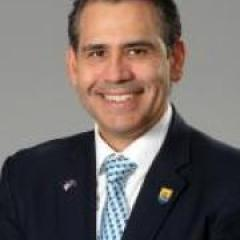 Associate Professor Leo Seoane